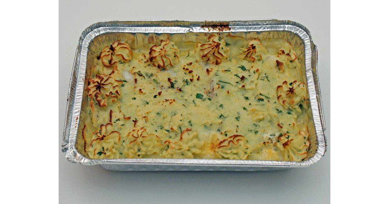 Fiskehusets lyssej med grønsager og med låg af grønt kartoffelmos